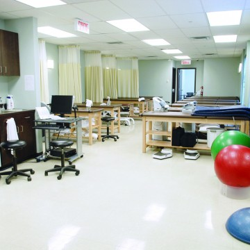 physiothérapie, Physiothérapie Ergothérapie à Montréal, Physiotherapist, Physiotherapy, Physio, Physiotherapie, Ergotherapie, Csst, Saaq, Acupuncture, Aqua Therapy, hydrotherapie, Hydrothérapie , ForceMedic Clinic