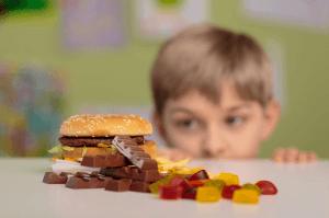 mauvaise-alimentation-chez-les-enfantsl